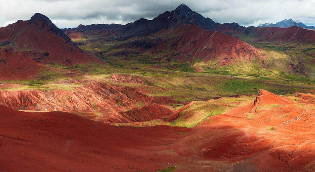 valle rojo de pitumarca